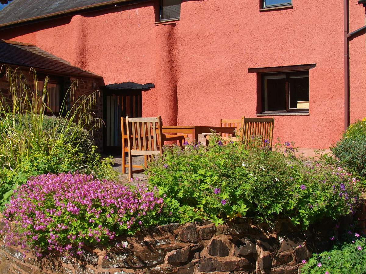 Tilly's Cottage - sleeps 6