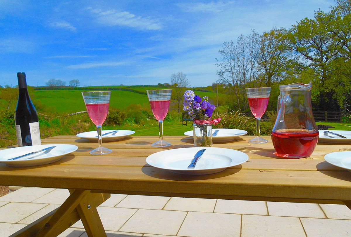 self-catering-devon-garden-views