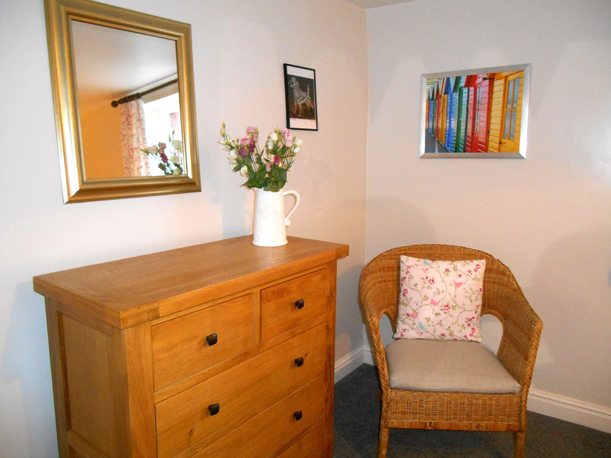 Tilly-Twin-Bedroom3